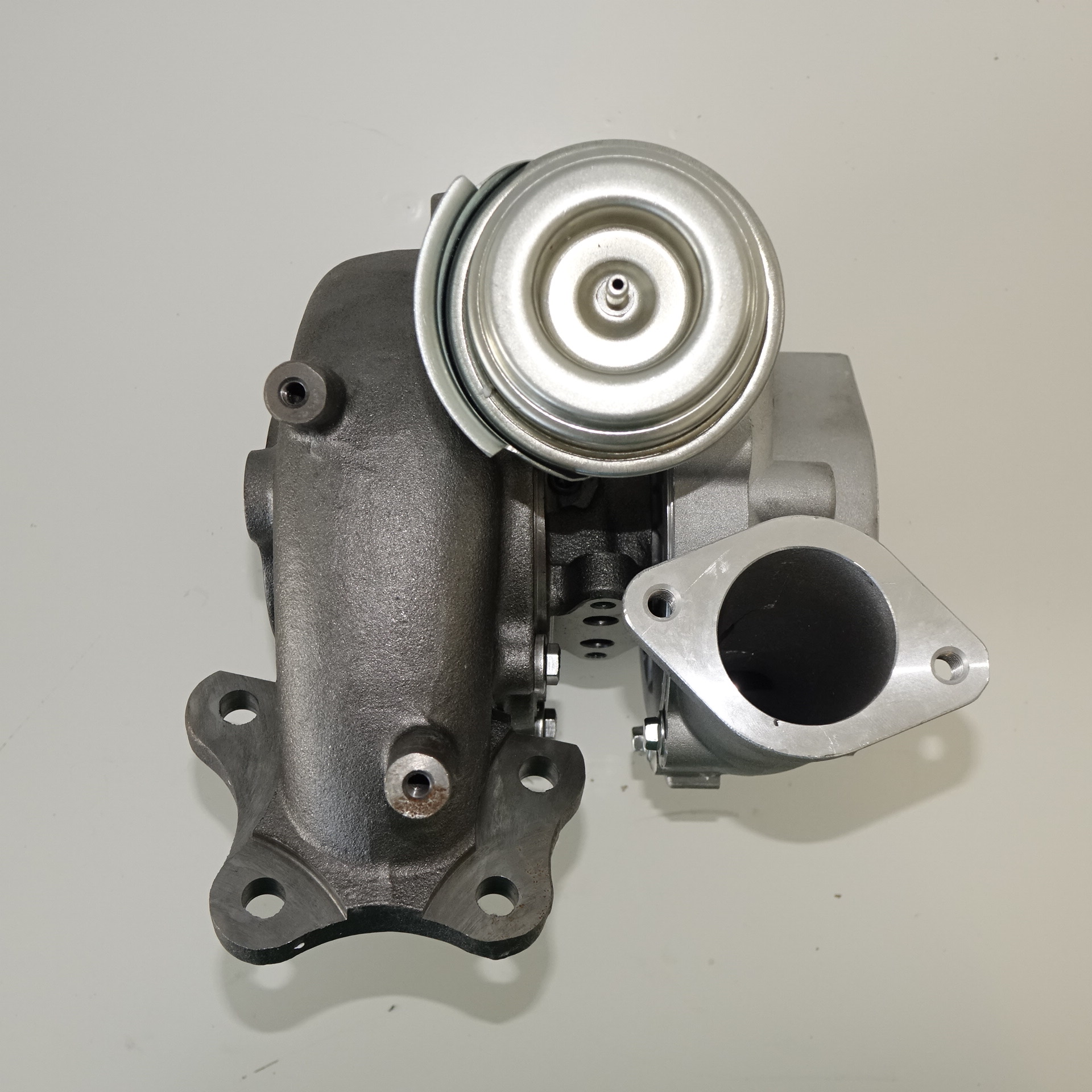 nissan-navarra-d40-turbocharger-gt2056v-7720-compressor-turbine