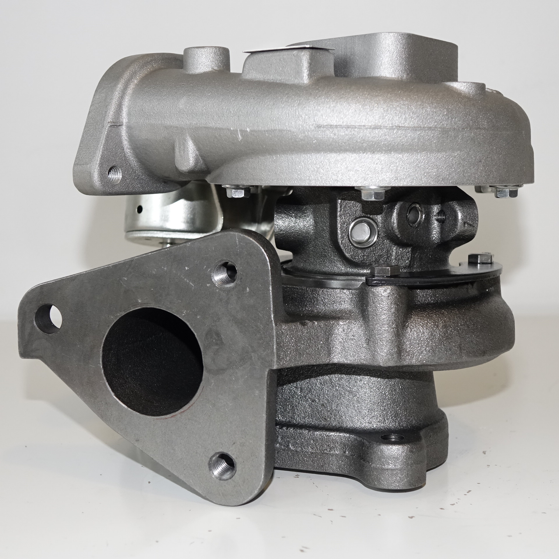 Turbine Used In Turbocharger: Turbochargers Suitable For Nissan Patrol Y61 RD28 2.8L