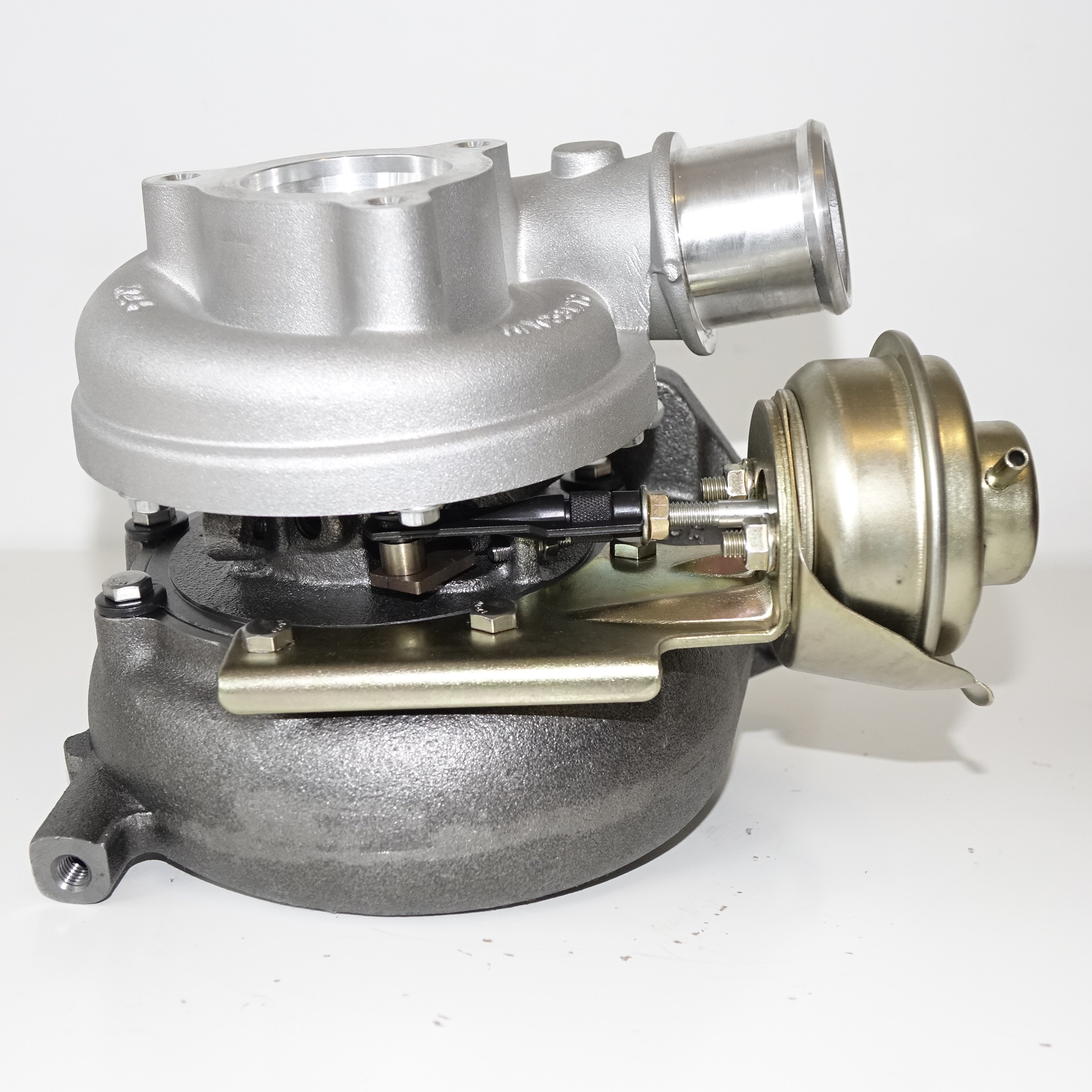 Turbochargers Suitable for Nissan Patrol GU 3 0L  GT2052v (Water Cooled)