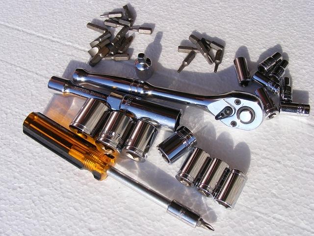 clock-spring-fitting-procedure-screwdriver-socket-set